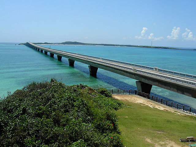 ikema-bridge-in-miyako-islands
