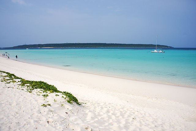 maehama-beach-in-miyako-islands