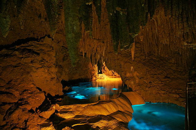okinawa-world-and-gyukusendo-cave-in-southern-okinawa
